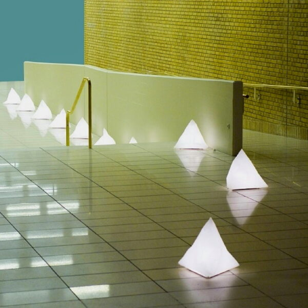 B2-Floor-Lamp—Installation