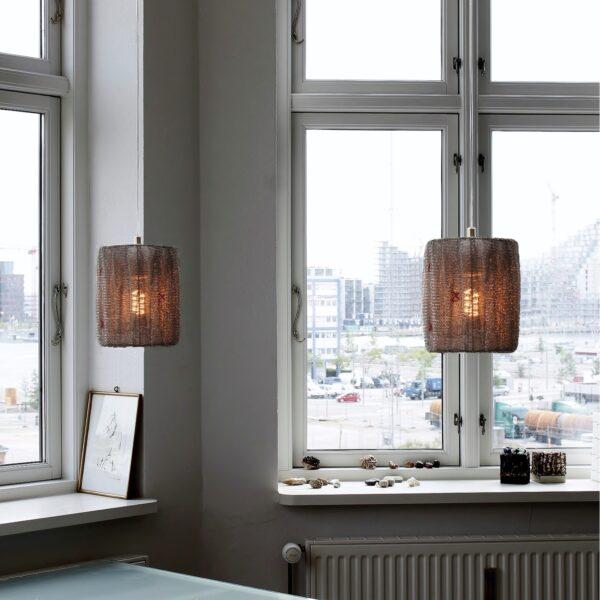 strikket-staal-lampe